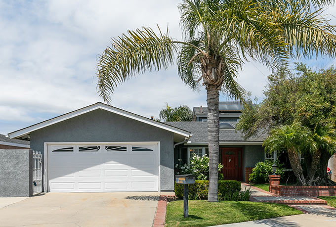 5171 Stallion Cir, Huntington Beach