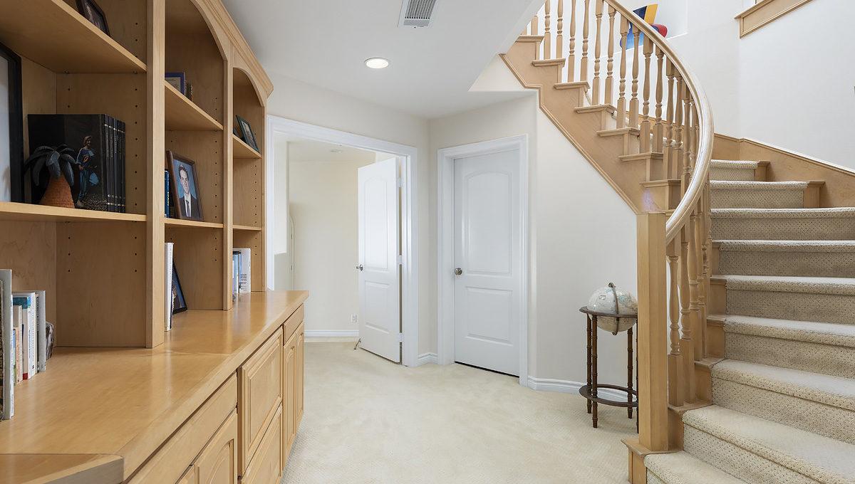 425 Bonvue Terrace_0160